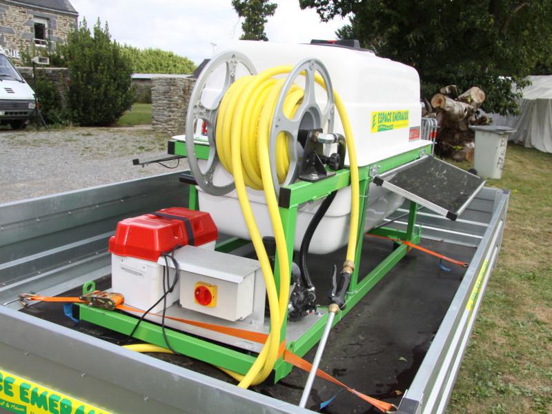 Matériel de La Chapelle Gaceline fonctionnant à l'énergie solaire