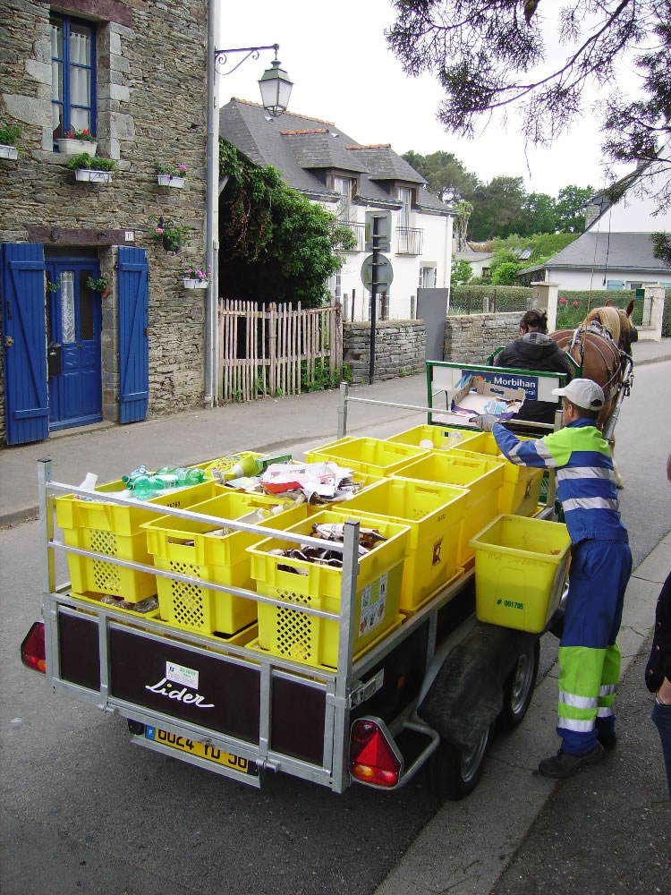 Démonstration de collecte de déchets triés - Équi-cité 2010, La Chapelle Gaceline