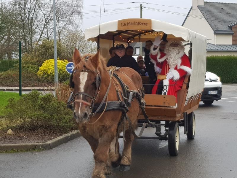 Oscar transporte le Père Noël